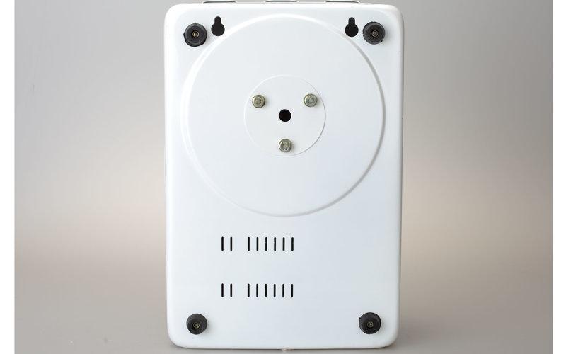 220V家用稳压器背面图